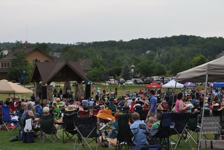 Concert series  at Sterling on the Lake